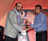 Receiving Award Best Doctor Psychotherapy (India) from NBC for year 2011 at Hotel Trident, Mumbai